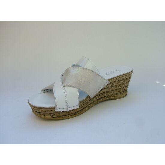 Walk: Fehér magastalpú papucs